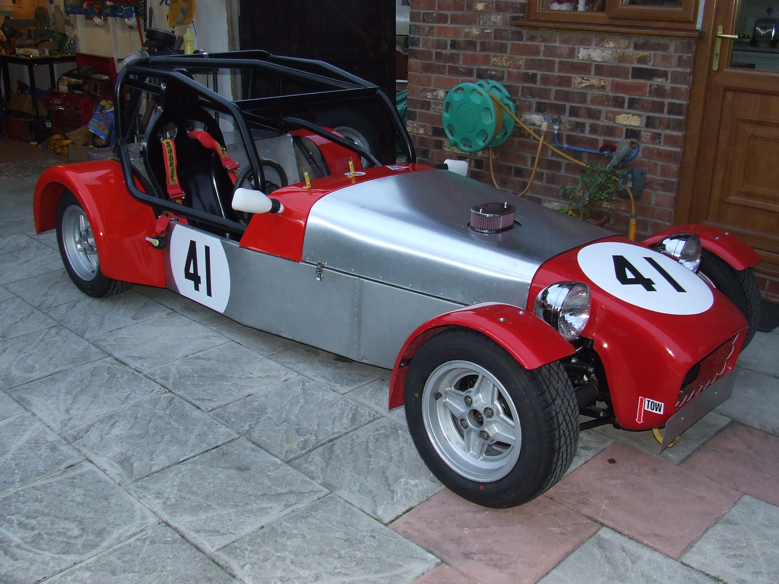 Building Keith\'s Lowcost Race Car |